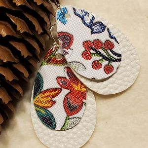 Floral double layer faux leather earrings!